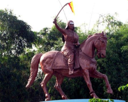 Kittur Rani Chennamma in Hindi रानी कित्तूर चेन्नम्मा